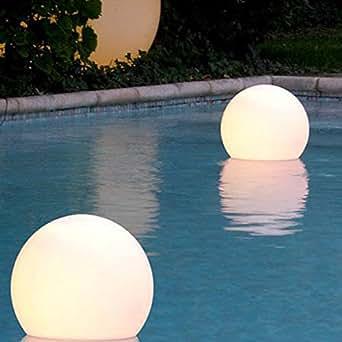 Led in scene boule flottante lumineuse multicolore rgb - Boule lumineuse pour piscine ...