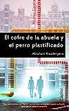 Image de El cofre de la abuela y el perro plastificado (Spanish Edition)