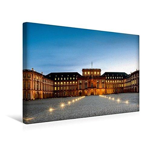 Calvendo Premium Textil-Leinwand 45 cm x 30 cm quer, Mannheimer Schloss - Ehrenhof   Wandbild, Bild auf Keilrahmen, Fertigbild auf echter Leinwand. zur blauen Stunde Orte Orte