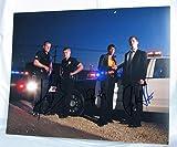 """Dimensions = 350x 280mm environ 35,6x 27,9cm sans cadre photo p515south southland 11x 14couleur tirées de southland """","""" conjointement signés en personne de Michael cudlitz, Regina King et shawn hatosy garanti à vie authentique autographes bien ..."""