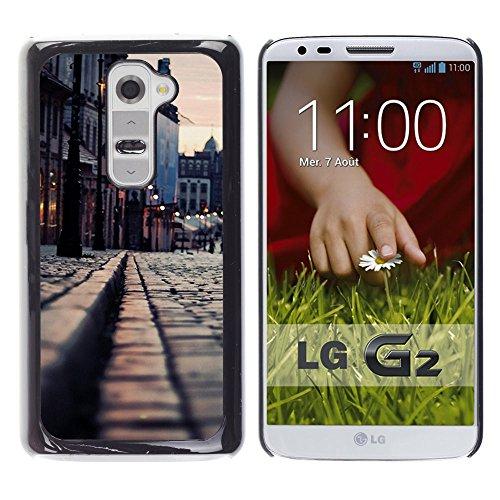 Good Phone Accessory // Hartschalen Handyhülle Schutzhülle Schutz Etui Hülle Hard Plastic Protective Case for LG G2 // Medievil Stadt