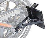 Seitlicher Kennzeichenhalter für HD Softail ab 2017 180x200 mm inkl. TÜV-Teilegutachten, LED-Kennzeichenbeleuchtung und Montagematerial.