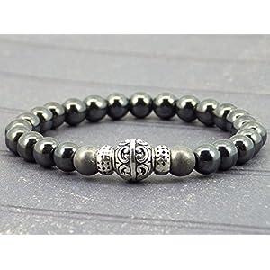 Armband für Männer in grau und schwarz Hämatitkorne und tibetischen Perlen