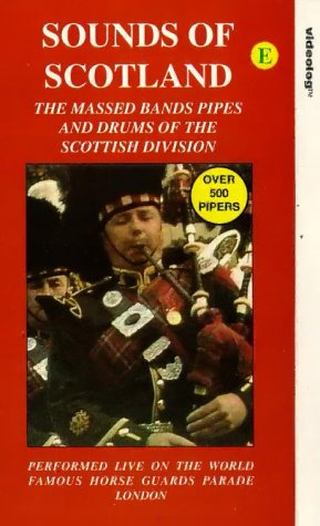 Preisvergleich Produktbild Pipes And Drums Scottish Bands - Sounds Of Scotland - The Massed Bands Of The Scottish Division [VHS] [UK Import]