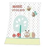 Wolimbo Flausch Babydecke mit Ihrem Wunsch-Namen und Punkte Schmetterling Motiv