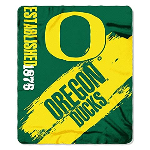 Northwest 1COL031020081RET NCAA Oregon Ducks Painted Printed Fleece Throw Blanket x, Green, 50