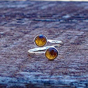 Bottled Up Designs Recycelter Vintage Amber Bleach Krug gehämmert Sterling Silber verstellbarer Bypass-Ring