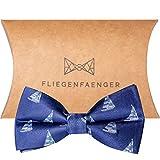 FLIEGENFAENGER ® vorgebundene Herren Fliege blau maritim mit Segel Schiffen für deinen Anzug individuell verstellbar inklusive Geschenk Box