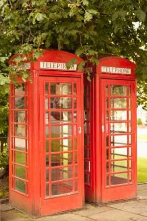 London Calling I Von Millet, Karyn Kunstdruck auf Leinwand - Klein (30 x 47 cms ) (Britische Telefonzelle Dekor)