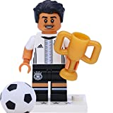 Lego 71014 Minifigur - DFB - Die Mannschaft: #8 Mesut Özil mit Pokal