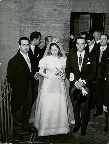 vintage-photo-of-marchesa-emilio-pucci-and-cristina-nannini-wedding-picture