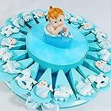 Sindy - Bomboniere/Gastgeschenk zur Geburt eines Jungen, 1 Paar Schuhe auf jedem Tortenstück mit Junge im Schuh in der Mitte - Torte mit 20 Tortenstücken und 20 Objekten + hellblauen Zuckermandeln