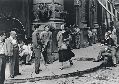 postkarte-a6-lustig-von-modern-times-american-girl-in-italy-1951-bkedition-geo-c-orkin-ruth