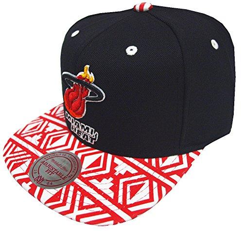 Mitchell & Ness Miami Heat Aztec Snapback EU157 Cap Kappe Basecap