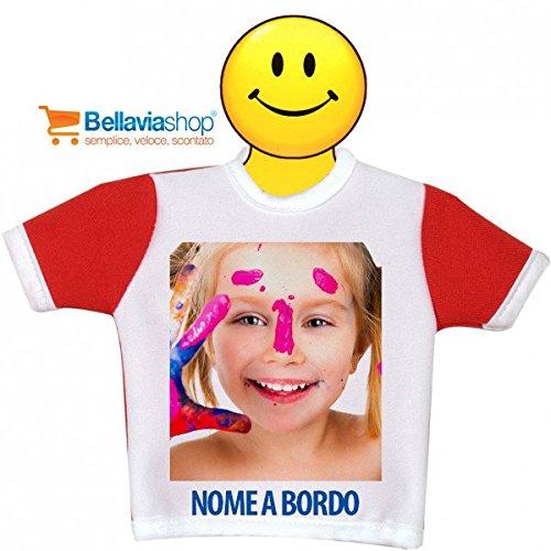 mini-t-shirt-bimbo-o-bimba-a-bordo-bianca-personalizzata-con-ventosa-e-gruccia-per-auto