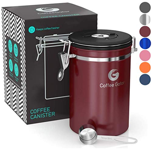 Coffee Gator-Edelstahl-Kaffeedose - Hält gemahlener Kaffee und Bohnen länger frisch - Behälter mit Datumsverfolgung, CO2-Freigabeventil und Messlöffel - Groß - Rot