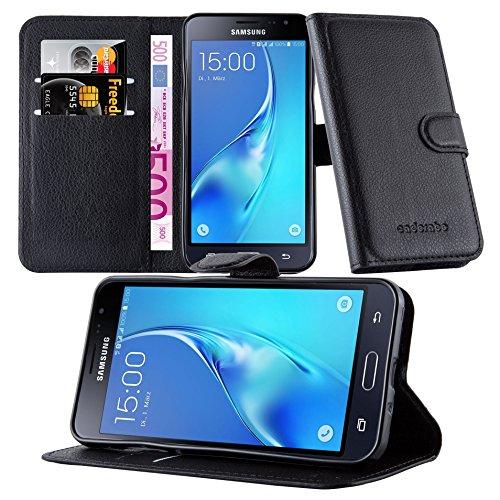 Preisvergleich Produktbild Cadorabo Hülle für Samsung Galaxy J3 2015 (5) - Hülle in Phantom SCHWARZ – Handyhülle mit Kartenfach und Standfunktion - Case Cover Schutzhülle Etui Tasche Book Klapp Style
