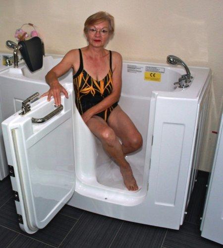 Preisvergleich Produktbild Senioren Sitzbadewanne Seniorenbadewanne Sitzwanne Badewanne mit Tür Pool A107WP
