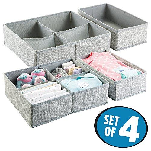 mDesign 4er Aufbewahrungsboxen Set – Graue Aufbewahrungsboxen Kunststoff – Kinderschrank Schubladen Organizer für Kleidung, Kosmetik, Windeln, Tücher, Lotion, Medikamente Schublade Organizer Box