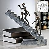Casablanca Skulptur Staircase Poly broncefinish Deko-Objekt schwarz bronze Jede große Reise beginnt mit dem ersten Schritt 79126 Winterprospekt 2015