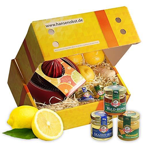 Obstbox Erkältungstrunk mit frischen Früchten und gesunden Vitaminen in einer Geschenkbox gegen Erkältungen