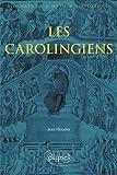 L'idée d'Europe est, dans l'imaginaire occidental, associée aux Carolingiens et au plus illustre d'entre eux, Charlemagne. Leur histoire, qui s'échelonne de 741 à 987, est un cheminement à travers une mosaïque de royaumes avec l'intégration des diver...