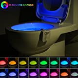 Gadget de luz nocturna para inodoro, con sensor de movimiento, 16 colores, luz LED activada, divertida iluminación para el baño, para añadir en el asiento del cuenco con ambientador de aromaterapia, regalo novedoso para adultos, niños, niños pequeños, divertido entrenamiento de orinal