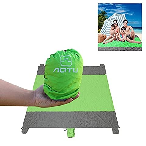 "Sand Resistant Picnic Blanket HiQuaty Nylon Outdoor Portable Compact Beach Blanket Oversized 94"" X 90"" Waterproof Camping Mat"