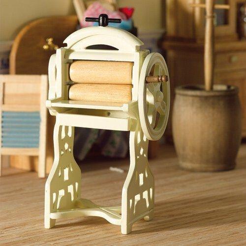 The Dolls House Emporium Cremefarbende Wäschemangel des 19. Jahrhunderts