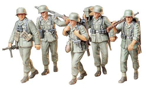 Tamiya 300035184 - set statuette soldati della seconda guerra mondiale, scala 1:35