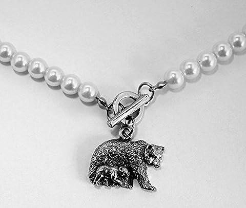 Pendentif Ours et Ourson avec Collier de Fausses Perles (avec Boîte à Cadeau)