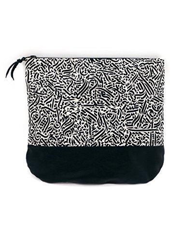 Colorblind Patterns Handgemachte Pouch Kulturtasche Kosmetiktasche. Auch nutzbar als Federtasche Federmappe kleine Tasche. Handbedruckt und gefüttert. Praktisch und hübsch für reisen und für jeden Tag. Handmade in Berlin. (Bag Tag Reisetaschen)