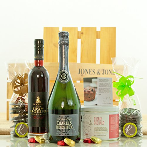 champagne-and-chocolate-luxury-christmas-hamper-crate