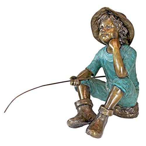 Design Toscano Fischersjunge Gartenstatue, Bronze, zweifarbig bronze und grünspan, 74 cm