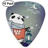 Púas de guitarra, paquete de 12, oso panda con una bufanda afuera en la noche estrellada de invierno Grunge buscando obras de arte