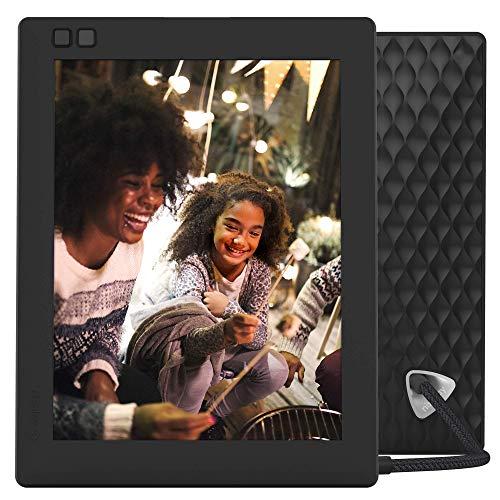 NIXPLAY Seed WLAN Digitaler Bilderrahmen 8 Zoll W08D Schwarz. Fotos & Videos per App oder Email an den Elektronischen Fotorahmen übertragen. IPS Display. Auto On/Off Funktion (Hu-Motion Sensor)
