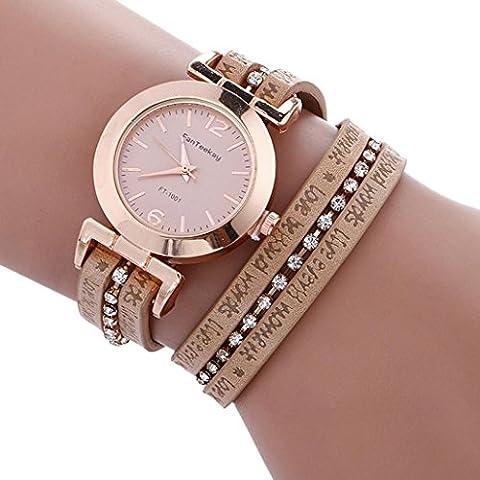 Minshao Retro Woman Multilayers simili cuir Lettre d'amour Imprimé Band Bracelet à quartz Strass Montre-bracelet pour coffret cadeau pour femme kaki