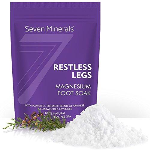 Fußbad RESTLESS LEGS Magnesium Chlorid Flakes 1.36kg – wird besser als Epsom Badesalz absorbiert – der einzigartige Badezusatz Magnesiumchlorid Flocken für RLS Syndrom und Krämpfe – mit USDA organischem Orangen-, Zedernholz und Lavendel Öl