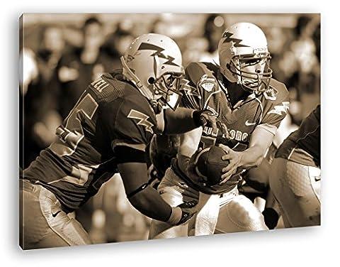 mutige Footballspieler Format: 60x40 Effekt: Sepia als Leinwand, Motiv fertig gerahmt auf Echtholzrahmen, Hochwertiger Digitaldruck mit Rahmen, Kein Poster oder (Michigan Hockey Jersey)