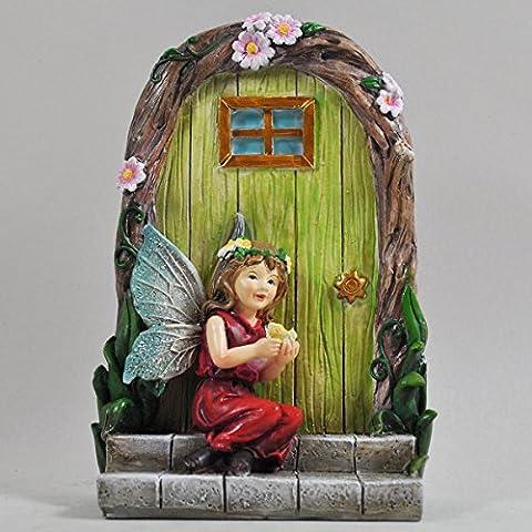 Fairy Garden UK Fee Mädchen Schmetterling & Tür Tree Garden Home Decor–Mini Schrulliges Geschenk Figur–Medium rot Pixie Kleid 15