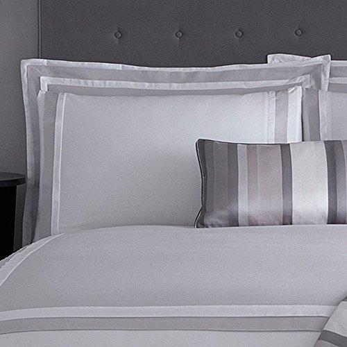 j-by-jasper-conran-gris-et-blanc-parure-de-lit-langham-gris-pair-of-standard-pillowcases