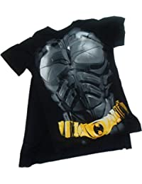 Batman -- The Dark Knight Rises -- Costume T-Shirt With Removable Cape (Large)