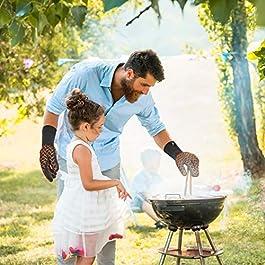 CR Essential Guanti per Barbecue e da Forno in Kevlar Resistenti Fino a 500° – Protezione di 12cm sopra al Polso – Antiscivolo e Traspiranti