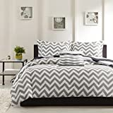 #3: Ahmedabad Cotton Basics Cotton Double Bedsheet with 2 pillow covers