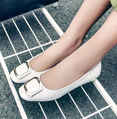 La signora della molla e scarpe autunno scarpe fibbia quadrata scarpe basse scarpe da donna testa quadrata White