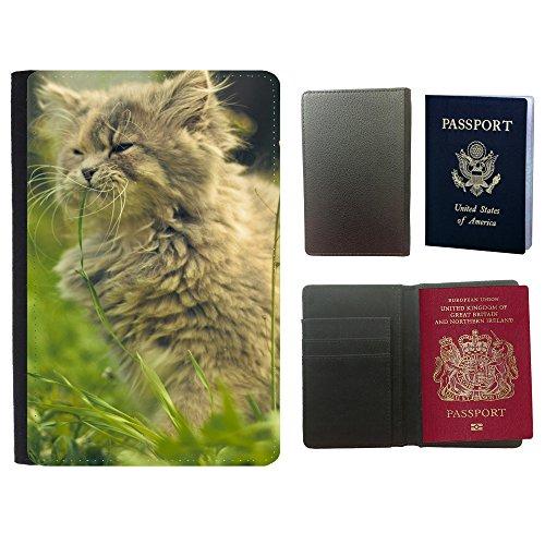 PU Pass Passetui Halter Hülle Schutz // V00003094 Katze, die Gras essen // Universal passport leather cover (Gras Essen)