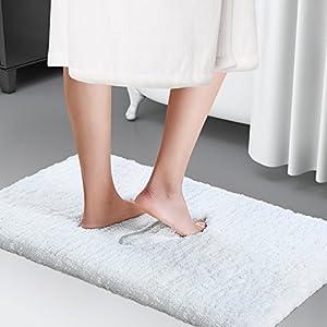 Lifewit 50*80cm Maschinenwäsche Badematte Badvorleger Badeteppich Rutschfeste Weiche Mikrofaser Badematte Badevorlege Rutschfest Antibakteriell Gummi Teppich Weiß