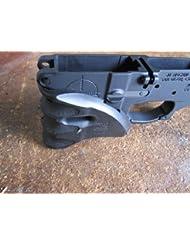 Poignée FAB Defense Well Grip pour M4 Noir