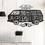 vinilo decorativo furgonetta hippie con mensajes de paz. Color negro. Medidas: 90x55cm