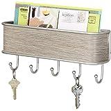 mDesign Colgador de llaves con estante para uso variado - organizador de llaves en acero inoxidable mate y madera pura - con práctico estante para correo, revistas y celulares